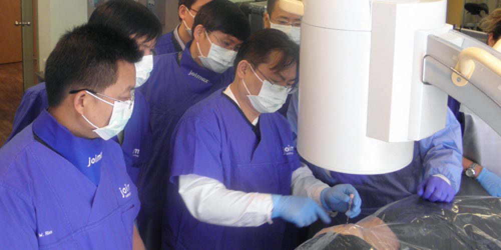 Two top notch cadaver workshops offered by joimax® in April